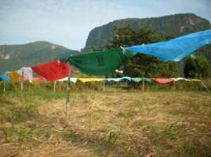 prayer-flags-at-mountain1